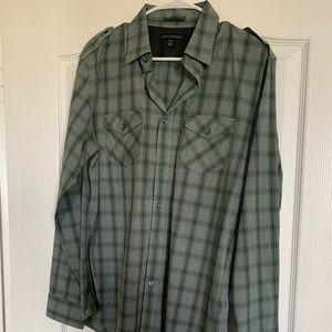 Banana Republic Dress Shirt size medium